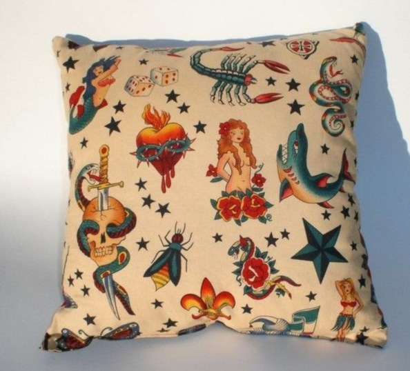 Set Art Throw Pillow In Your Home Decoration 40