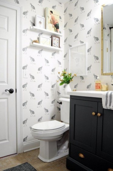 Small Bathroom Makeovers That Give Us Hope 39