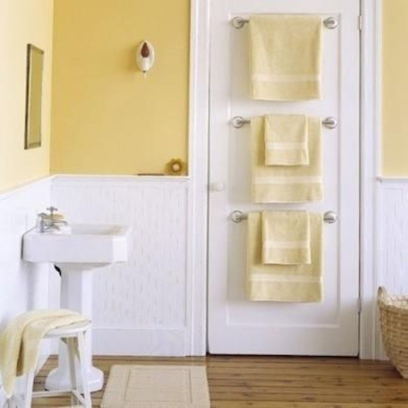 Small Bathroom Makeovers That Give Us Hope 42