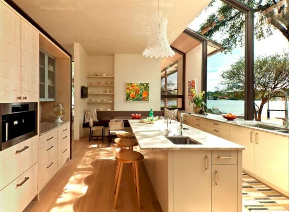 Modern Airy Home Design With Amazing Lake Views 32