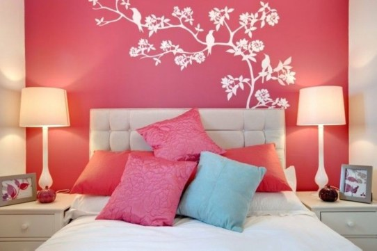 Check And Try Wall Decor In Your Daughter Bedroom 05