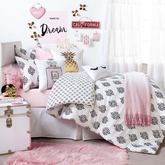 Cozy Teen Bedroom Decoration On Pink Style 38