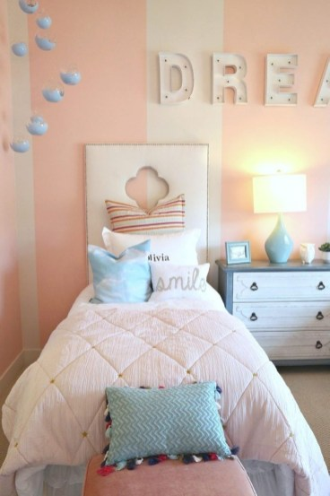 Cozy Teen Bedroom Decoration On Pink Style 41