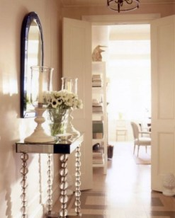 Beautiful Entry Table Decor Ideas To Updating Your House 12
