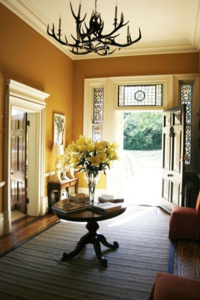 Beautiful Entry Table Decor Ideas To Updating Your House 31