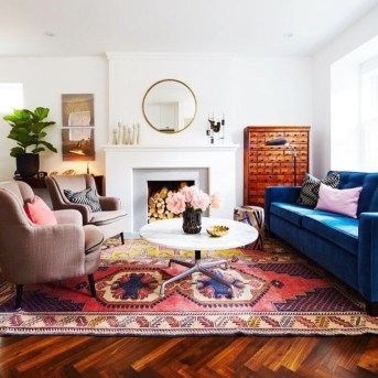 Best Rug To Decor Your First Living Room 52
