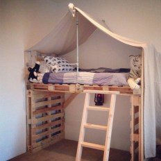 DIY Pallet For Bed Place For Your Idea 27