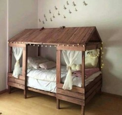 DIY Pallet For Bed Place For Your Idea 29