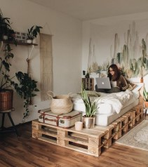 DIY Pallet For Bed Place For Your Idea 42