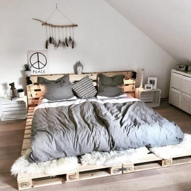 DIY Pallet For Bed Place For Your Idea 48