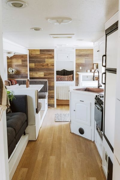 Easy Remodeling RV Decoration You Can Try 41
