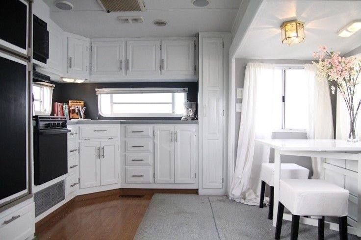 Easy Remodeling RV Decoration You Can Try 48