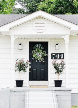 Farmhouse Door Design For Decorating Your House 20