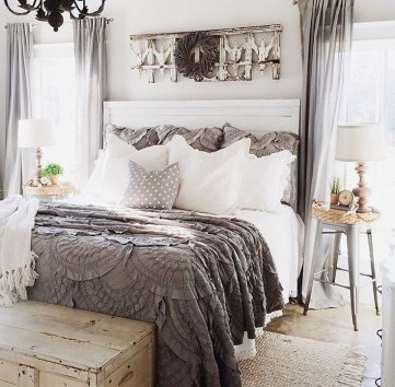 Gorgeous Farmhouse Decoration For RV Makeover 44
