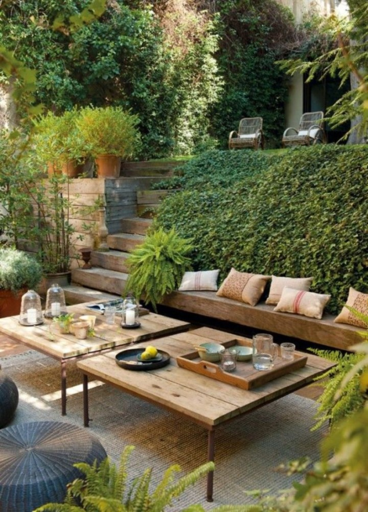 Great Ideas To Decorate Your Backyard 13