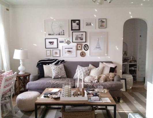 How To Create Wall Gallery In Above The Sofa 19