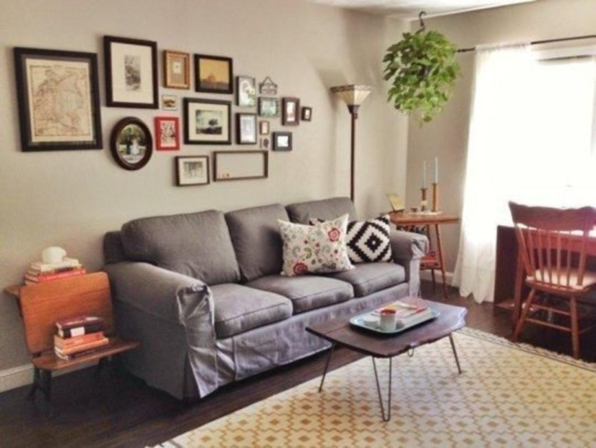 How To Create Wall Gallery In Above The Sofa 22