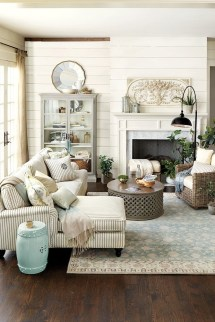 Modern Farmhouse Decoration For Your Living Room 49