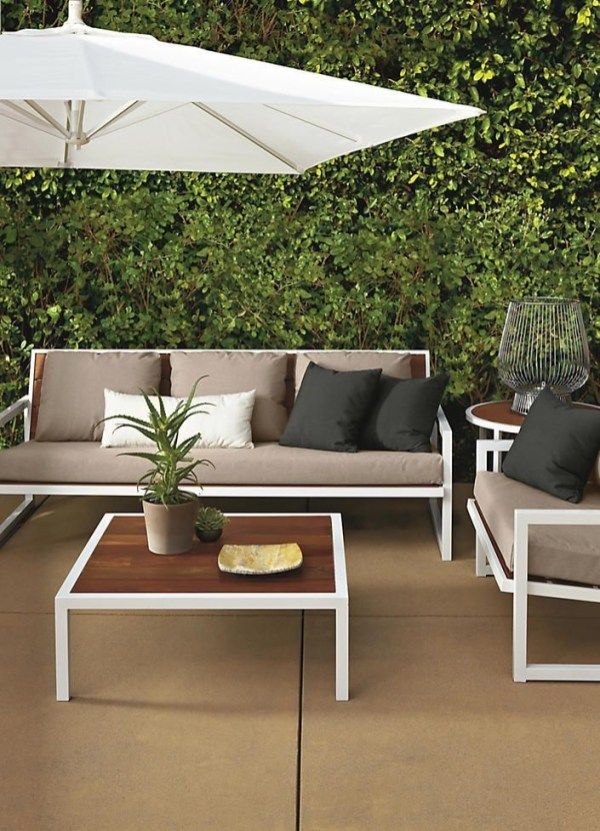 Simply Impressive Sitting Areas For Backyard Landscape 11