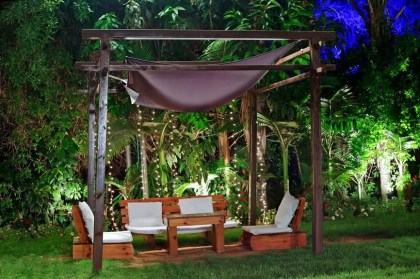 Simply Impressive Sitting Areas For Backyard Landscape 16