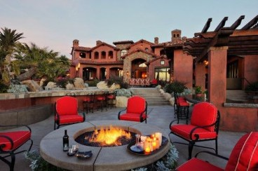 Simply Impressive Sitting Areas For Backyard Landscape 30