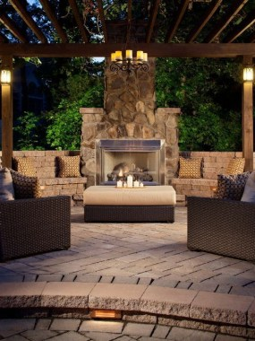 Simply Impressive Sitting Areas For Backyard Landscape 34