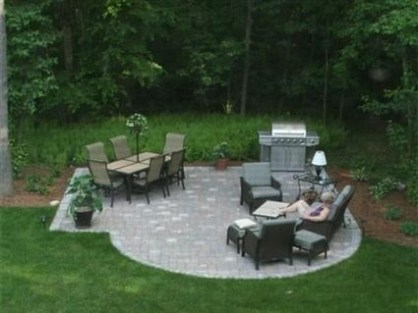 Simply Impressive Sitting Areas For Backyard Landscape 47