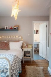Ways To Create Cozy And Beautiful Teen Farmhouse Bedroom 14