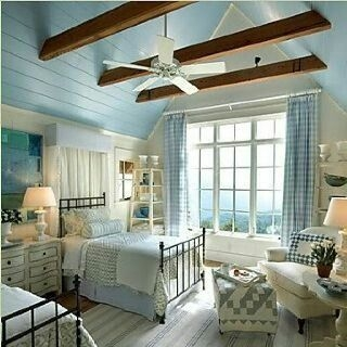 Ways To Create Cozy And Beautiful Teen Farmhouse Bedroom 22