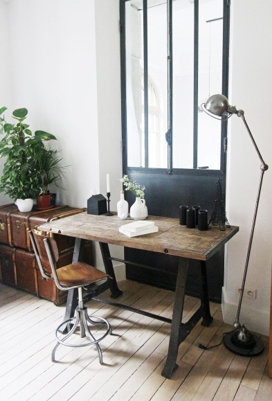 44 Modern Rustic Decorating Ideas For Your Home Office 19