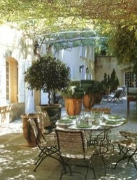 A Cozy Backyard France Terrace Ideas 03