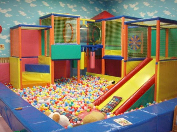 Adorable Indoor Play Areas For Your Kids 09