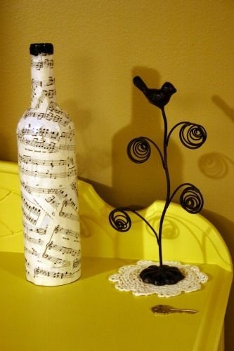 Amazing Inspiration With Bottle Christmas Vases You Can Try 26