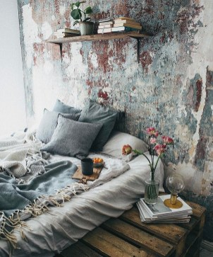 Awesome Boho Decorating Ideas For Your Bedroom 18