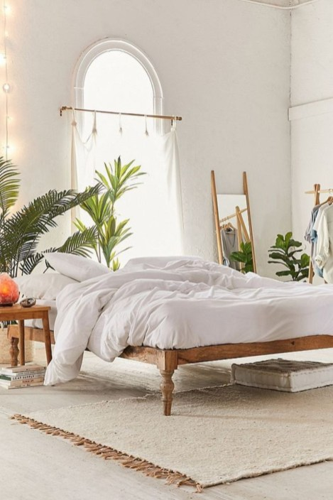 Awesome Boho Decorating Ideas For Your Bedroom 38