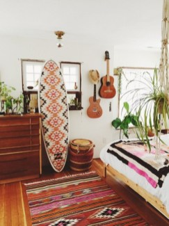 Awesome Boho Decorating Ideas For Your Bedroom 46