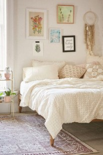 Awesome Boho Decorating Ideas For Your Bedroom 48