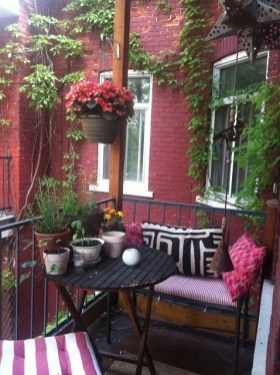 Balcony Garden Ideas For Decorate Your House 17