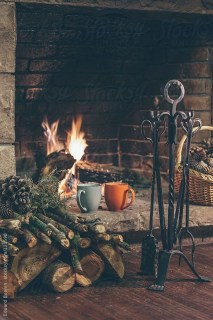 Best Decorating Ideas For Winter Fireplace 02