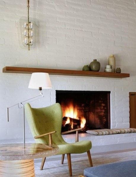 Best Decorating Ideas For Winter Fireplace 15