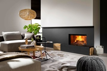 Best Decorating Ideas For Winter Fireplace 35