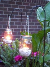 Best Garden Decorate With Some DIY Hanging Lights 28