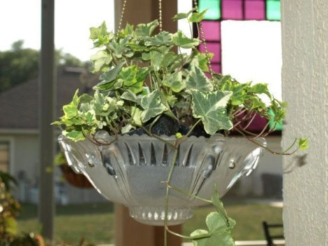 Best Garden Decorate With Some DIY Hanging Lights 38