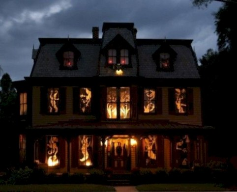 Best Ghost Silhouette DecorIideas To Haunt Your Guests 06