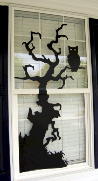Best Ghost Silhouette DecorIideas To Haunt Your Guests 29