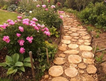Best Materials You Will Need To Create A Charming Garden Pathway 18