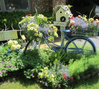 Best Ornament Ideas To Beautify Your Garden 13