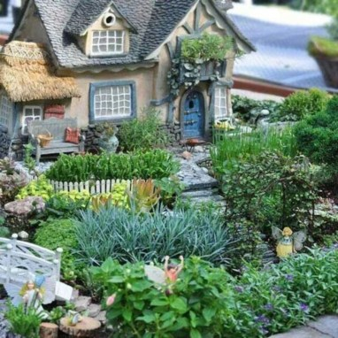 Best Ornament Ideas To Beautify Your Garden 39