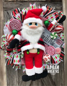 Classic Christmas Decoration You Must Try For Your Family 02