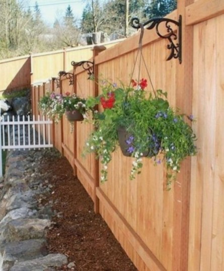 DIY Wood Project For Landscaping Backyard Ideas 36
